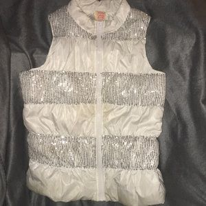 Girls Vest, Sz 12. White and silver sequin